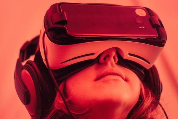 Realidad Virtual VR al Servicio  de la estrategia comercial