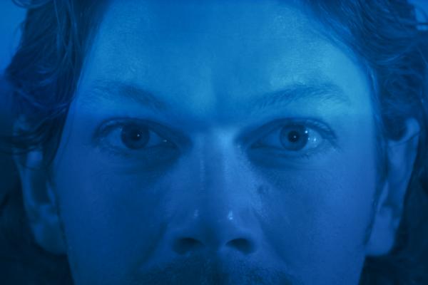 la de los ojos-01